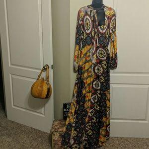 Beautiful Unique Paisley Print Maxi Dress